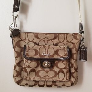 Coach crossbody signature small